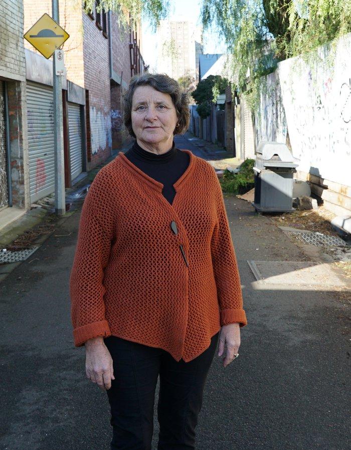 woman in richmond laneway