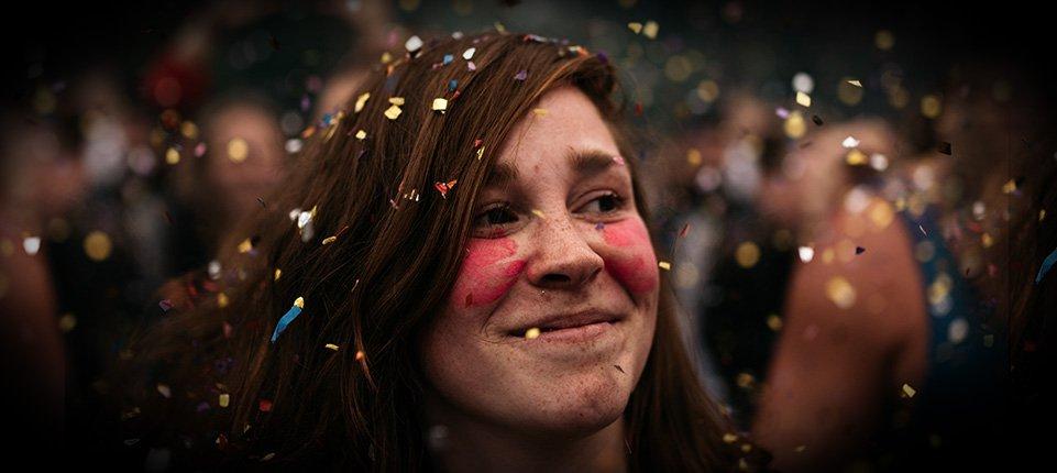 festival goer glitter